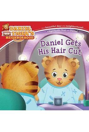 Daniel Gets His Hair Cut - Cozza-Turner, Jill | Hoshan.org