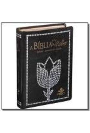 A Bíblia da Mulher - Revista e Corrigida - Luxo Preta